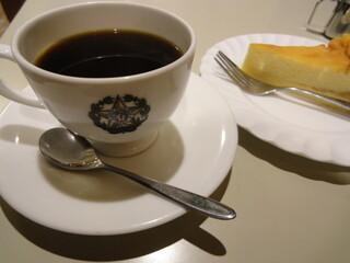 カフェーパウリスタ - コーヒー+チーズケーキ