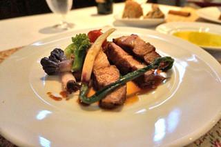 カメリーノ - 鹿児島産の豚ちゃん。 野菜も美味しい。 もはや、キャトルラパン状態。