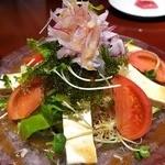 海八 - 島豆腐と海ぶどうのサラダ