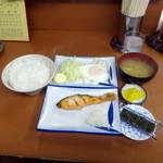 大公 - モーニング限定、鮭玉子550円