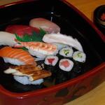 太郎兵衛寿司 - サービスにぎりセット