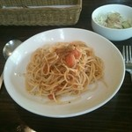 アップクリエイト - トマトとバジルのパスタ