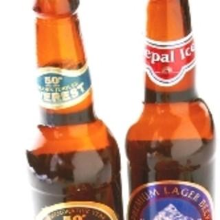 ドリンクも豊富!6ヶ国のボトルビールなども取り揃えております