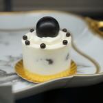 カオリ ヒロネ - フルーツショートケーキ