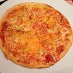 亀七 - アンチョビガーリックピザ