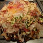 Gottsui - 元気モダン焼き(トッピング:チーズ)