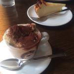 ヴィーコロ - アフォガード的なものとチーズケーキ☆