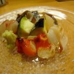 鮨 八や - 御造り盛り合わせ 七尾の赤にし貝・みる貝・ばい貝・石鯛・酢〆の鯵・水ナス