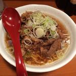 肉肉ラーメン - 「肉肉ラーメン タレ(中)」680円
