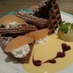 カフェ・ド・ラパン - ピンクグレープフルーツと紅茶のカスタードワッフル