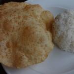 デヴィ ダバ - 揚げパン、ご飯