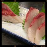魚ふじ - カンパチ刺身 580円