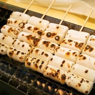 喜八洲総本舗 - 料理写真:みたらし団子は注文が入ってから焼いてくれます