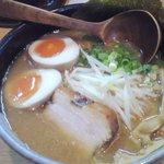 極麺 小次郎  - 味玉らぁ麺」