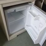 東京プリンスホテル - 一部屋二万円以上払って冷蔵庫は空ですか・・・