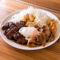 HONMACHI 豚テキ - シン玉ミックス(300g) 「シングルミックス(厚切り(200g)× うす切り(100g))+温泉玉子」の略