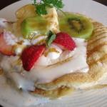 グランソリーゾ - パンケーキセット(パンケーキのアップ、2014年7月)