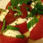 29175807 - トマトとモッツァレラチーズ