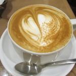 カフェ&ブックス ビブリオテーク - カプチーノ