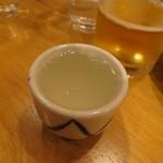 日本酒バル富成喜笑店 - ぐい飲みでちょっとずつ