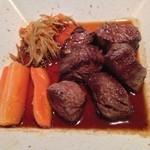 焼肉せんりゅう - サイコロステーキ