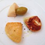 29194087 - スカモルッツァチーズを香ばしく焼いてくれました!