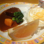 牛たんKOYAMA - お子様ハンバーグ¥630☆この内容で¥630は高めかな…^^;