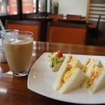 Cafe & Kitchen Rabbits - どうですか?いいビジュアルでしょ!これが500円です