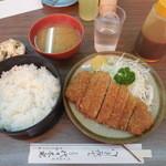 とんかつ 代々木庵 - とんかつ定食¥700-