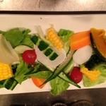 酒処COUNTER - 夏野菜サラダ