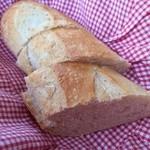 シェ・アンドレ・ドゥ・サクレクール - セットのパン 焼き立て