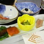 宮浜温泉 湯の宿 宮浜グランドホテル - 料理写真:先附、吸物、前菜