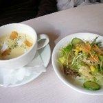 サン・プリンセス - セットのスープ+サラダ