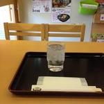 利乃利 - テーブル席