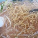 寶龍 - 麺のアップ