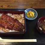 うなぎ安田屋 - 料理写真:うな重(梅) ¥1650
