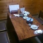 とり料理 宮代 - テーブル席