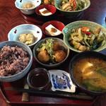 おからはうす - コロッケランチ♪ アオサの天ぷらが非常に美味しい♪