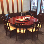 唐朝刀削麺 - 個室3は、13名様ぐらいまで可能です。