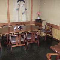 みづ乃 - 店内テーブル席