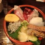 まるは食堂 - 海鮮丼