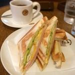 タナカ珈琲 - ホットサンドセット(ハム玉子) ブレンドコーヒで