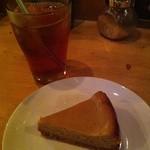 カラマリ - 黒糖ベイクドチーズケーキ