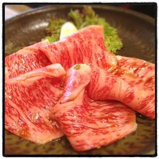 杏樹亭 駒岡店 - 焼きすき。今回の部位はリブ芯。やはりここの焼きすきは最高です。肉の旨味とタレの相性が抜群に良いです