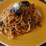カフェ・ド・あいどる - 茄子のミートスパゲッティ(大盛り)