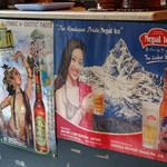 ガラムマサラ - ネパールビールのポスター