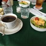 オリーブ - 料理写真:ランチの珈琲とサラダ