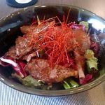 M's Rou - 国産黒毛和牛のステーキ丼