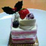 パティスリー ジャン・ミエ - いちごのケーキ