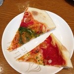 TRATTORIA Alioli - 食べ放題ピザ、二回目バジル、ノーマル